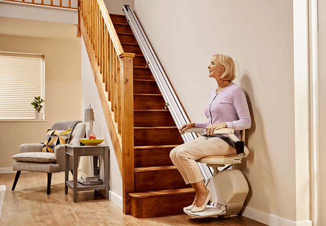 lady-on-stairlift-side